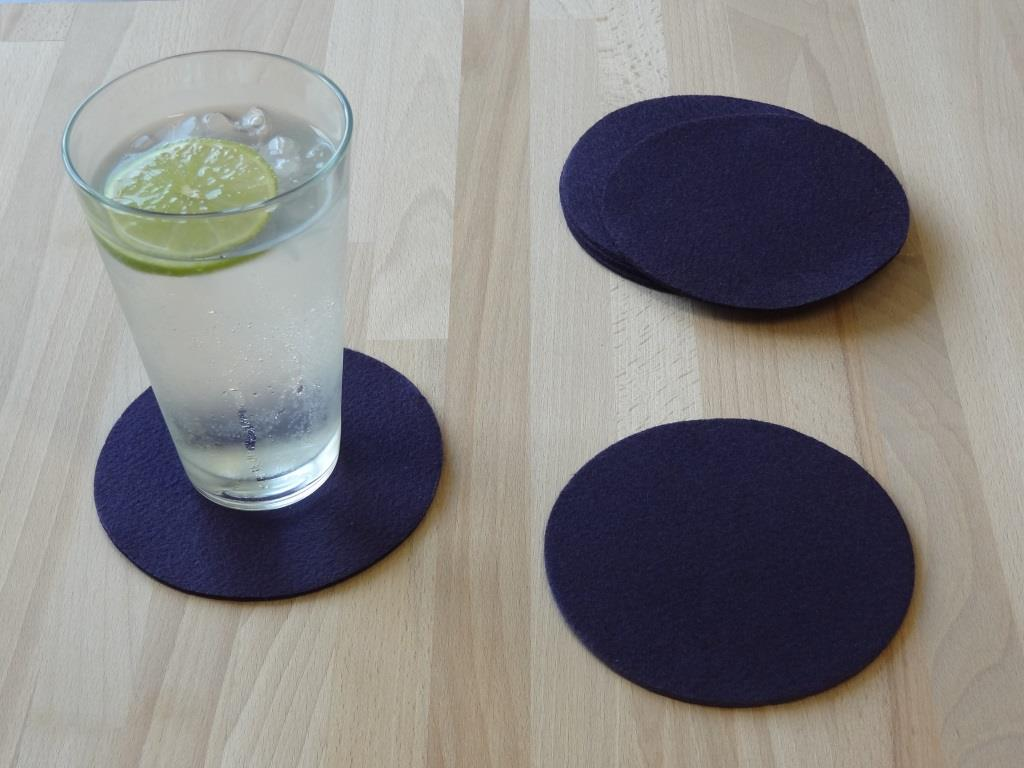Placemats round in a set of 8 with matching round glass coasters, purple