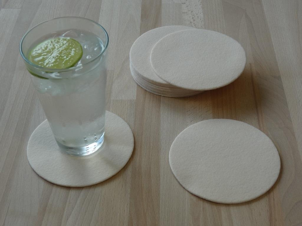 Nonwoven Coaster, set of 12, diameter = 11.2 cm, powder