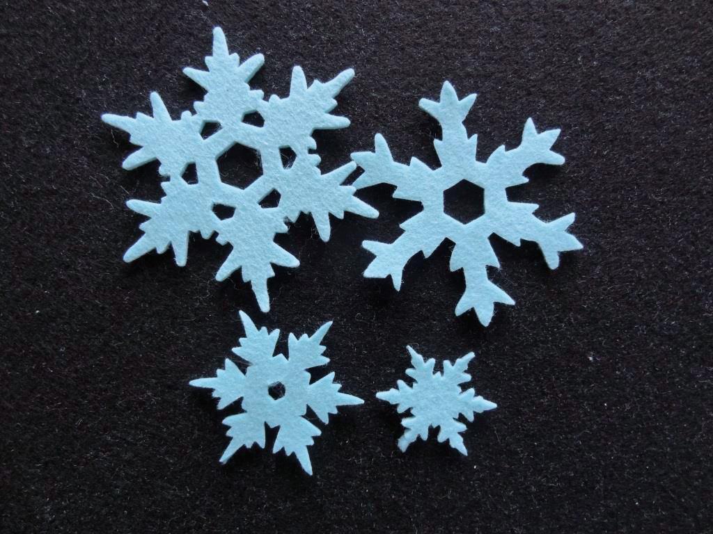 Stanzlinge Schneeflocken, Eisblau - 20 Stück