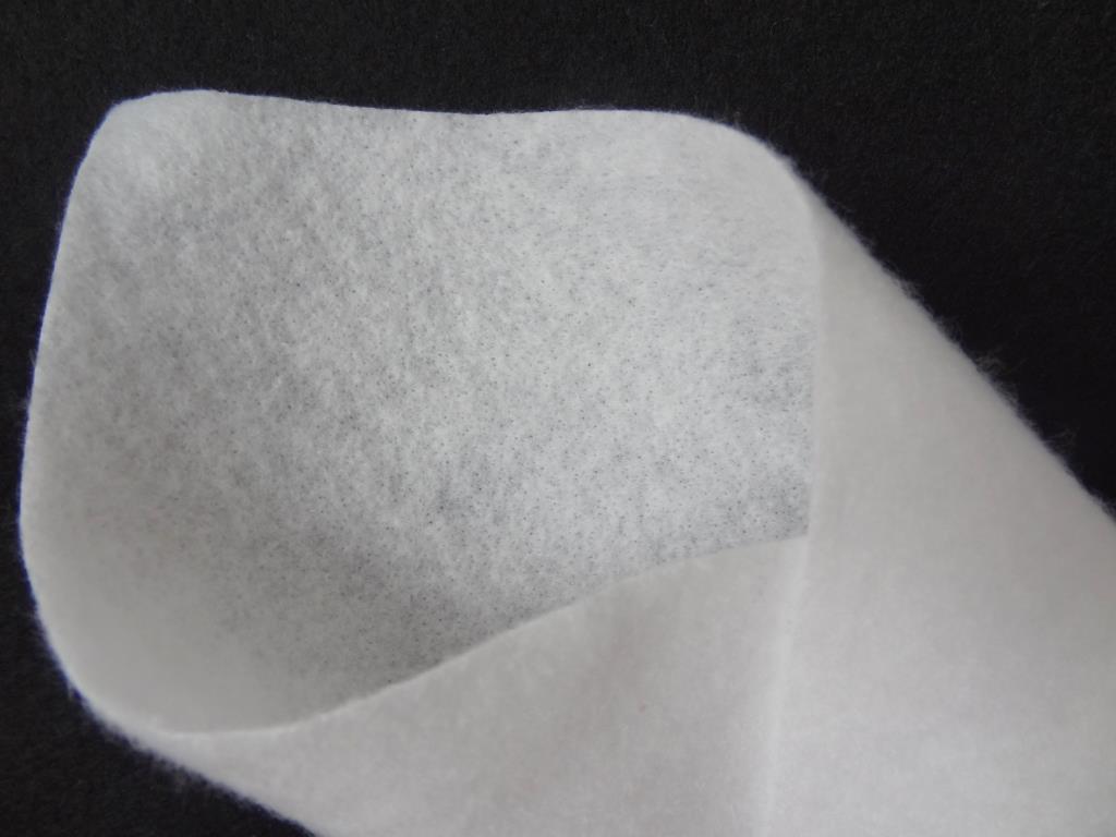 Trennvlies, 150 g/m², Farbe weiß, 10 lfm / 1,0 m Breite