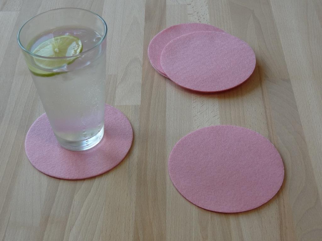 Nonwoven Coaster, set of 6, diameter = 11.2 cm, pink