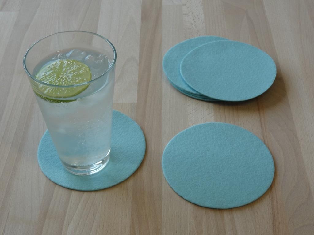 Platzset rund im 8er Set mit Glasuntersetzer, Eisblau