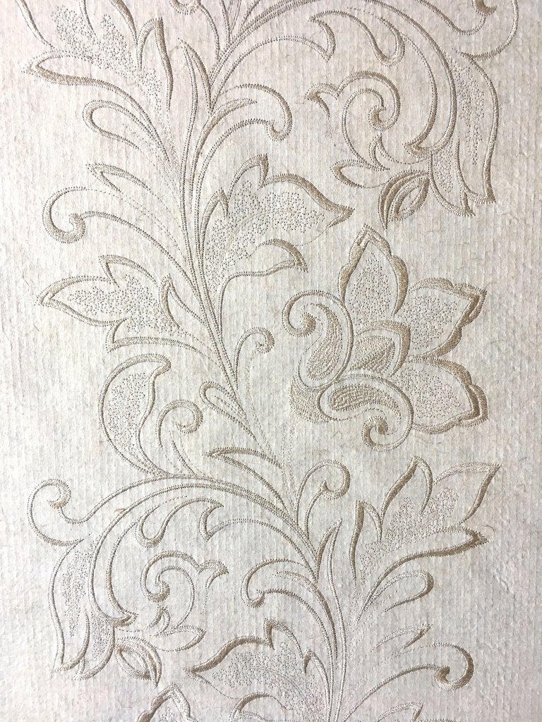 "Flax Wallpaper embroidered ""flower vine"", gold"