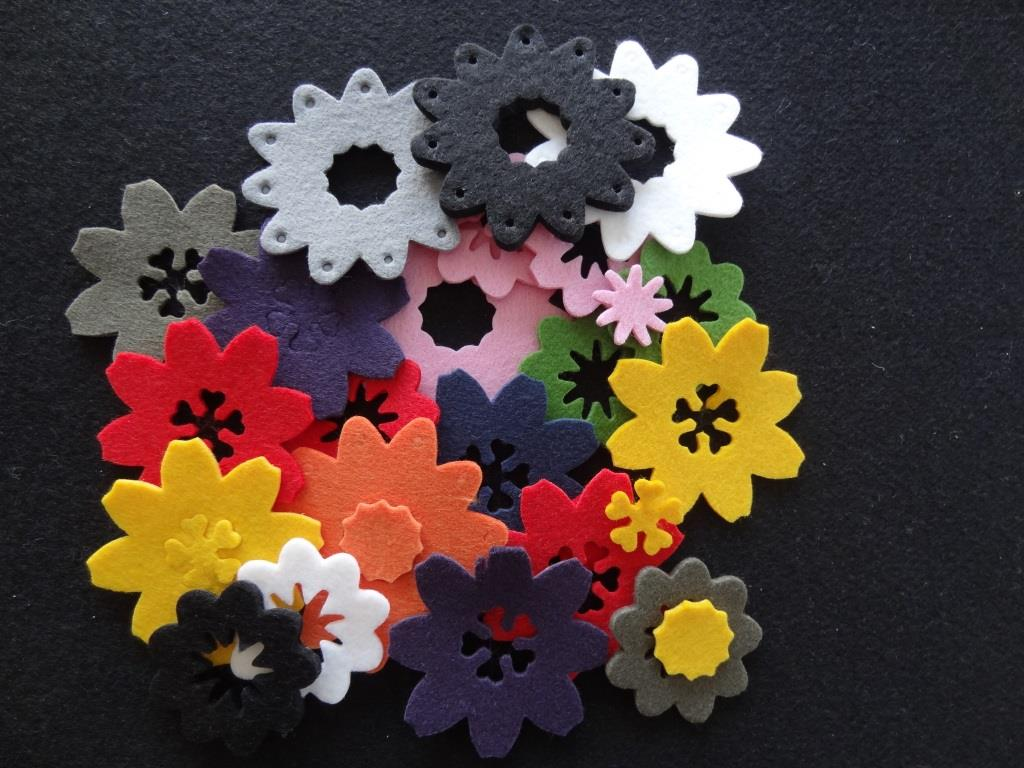 Die-Cuts Flowers, various colors - 20 pieces