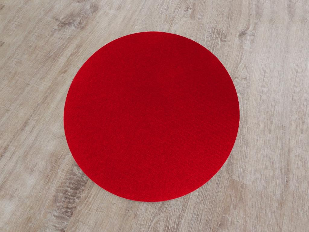 Placemat round, diameter = 40 cm / piece, red