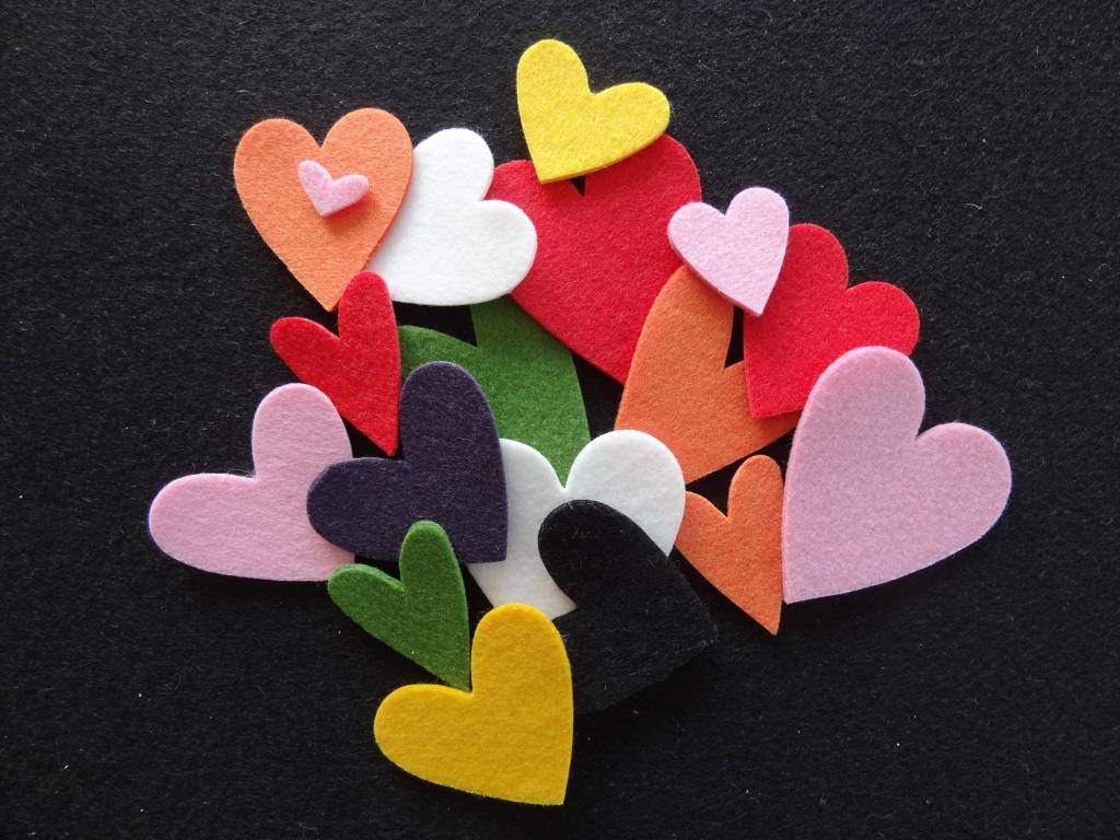 Die-Cuts Hearts - 20 pieces